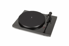 Проигрыватель Pro-Ject DEBUT CARBON DC PIANO 2M RED